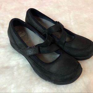 Dansko Black MaryJane Style Flats Womens Size 40